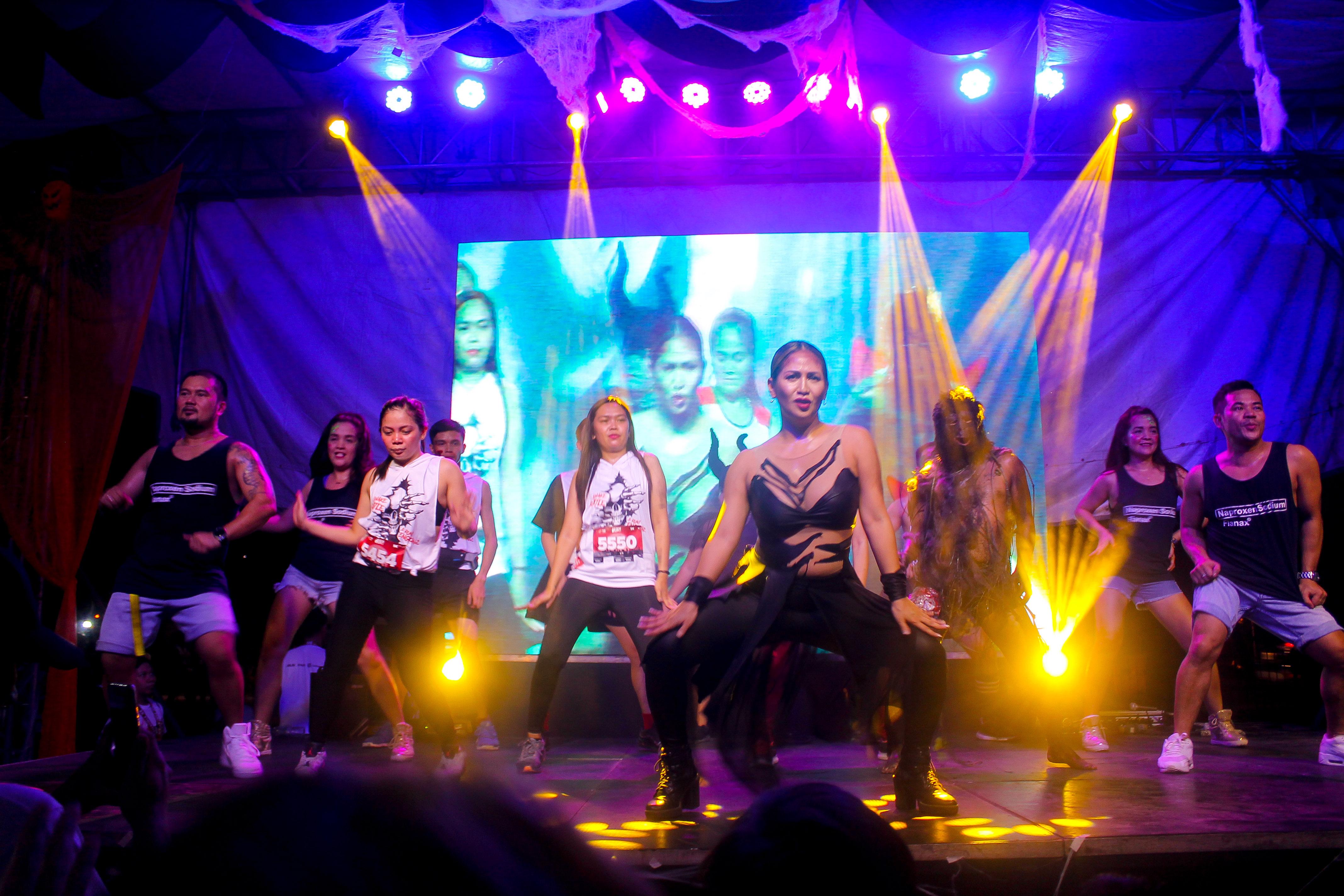 Ms. Regine Tolentino leading the Zombie Zumbathon.jpg